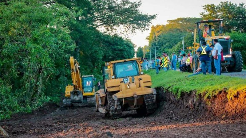 MTI trabaja para restablecer la circulación en el puente La Guarruma Managua. Radio La Primerísima.