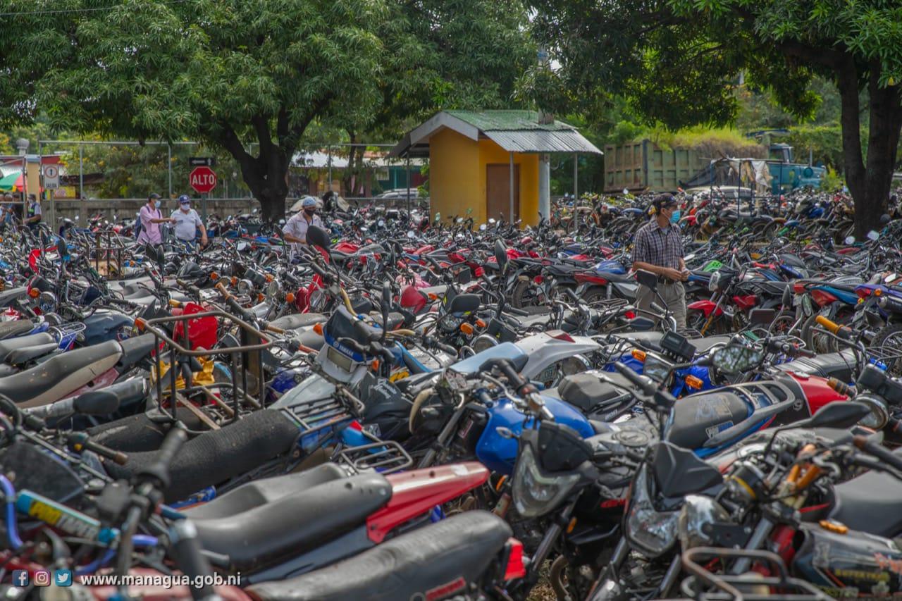 Regresan a sus dueños vehículos que estaban en depósito municipal Managua. Por Danielka Ruíz/Radio La Primerísima