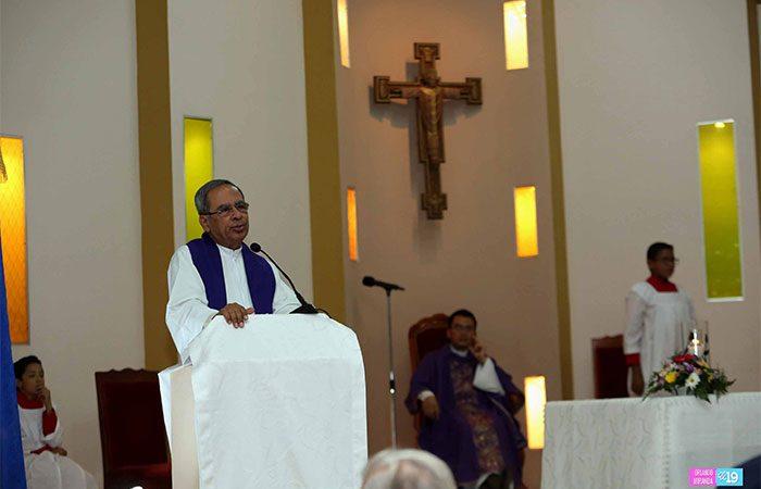Templos Católicos reabren sus puertas a la feligresía Managua. Radio La Primerísima