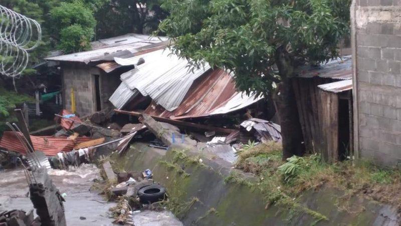 Casa colapsada en Jinotega