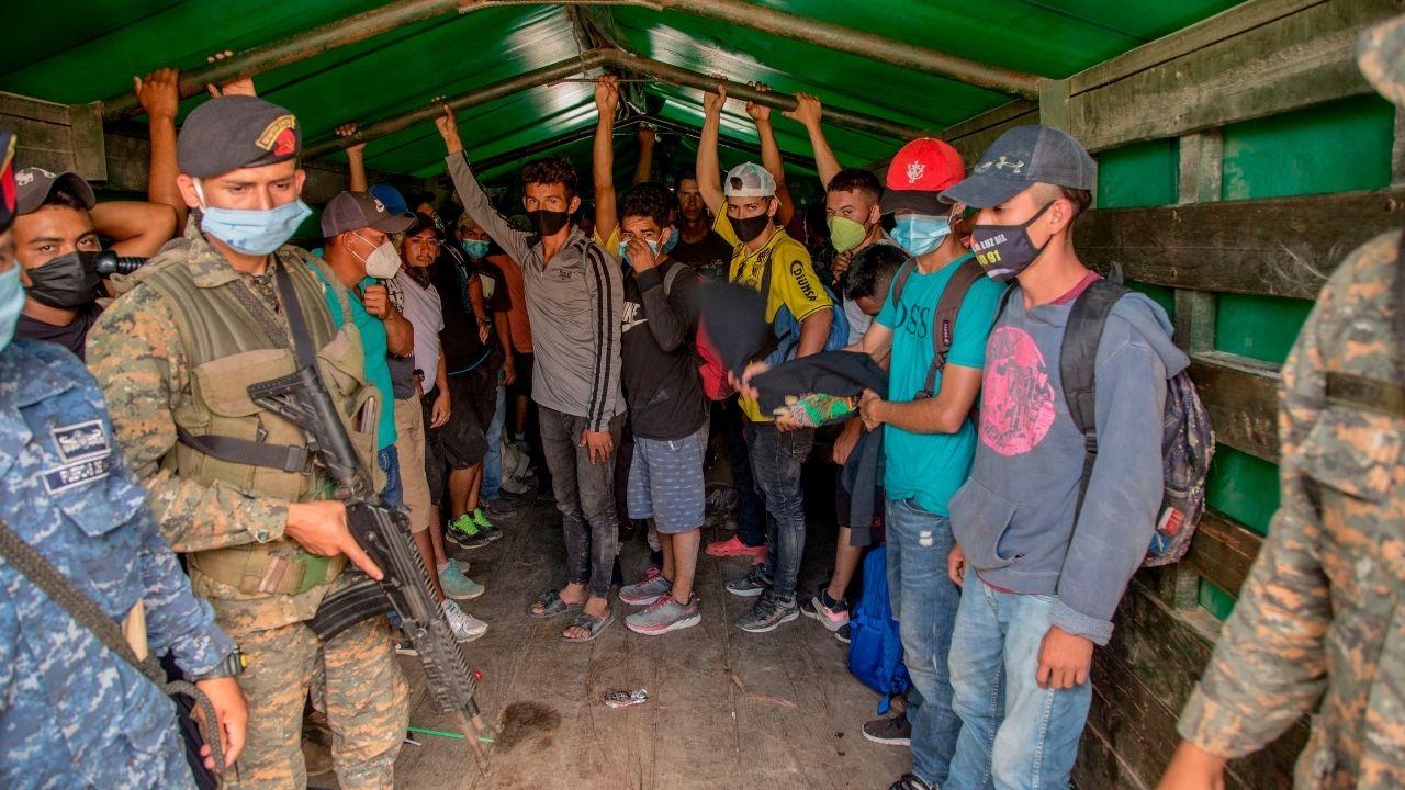 Honduras captura traficantes de personas involucrados en caravana de migrantes