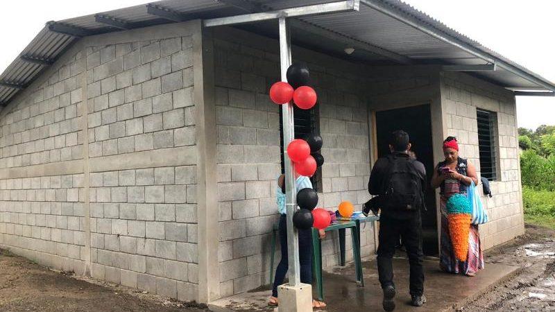 Familias de Jalapa reciben viviendas dignas Managua. Radio La Primerísima