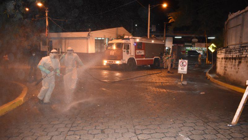 Ejército apoya desinfección de espacios públicos Managua. Radio La Primerísima
