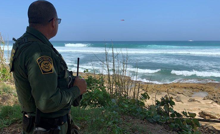 Detienen a 31 inmigrantes en la costa de Puerto Rico San Juan. Agencias