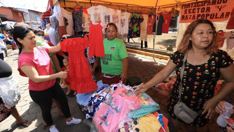 Comerciantes  del Iván Montenegro celebran Día de la Resistencia Indígena Managua. Radio La Primerísima.
