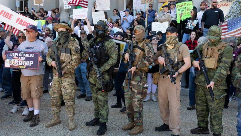 Trump, los paramilitares racistas y las elecciones en EEUU Por Rafael González Morales | Progreso Semanal