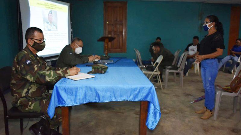 Ejército de Nicaragua se reúne con productores ganaderos de Chinandega Managua. Radio La Primerísima.