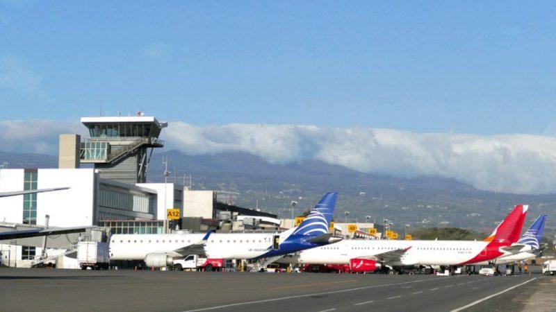 Ticos trabajan para apertura «gradual y segura» de los vuelos internacionales