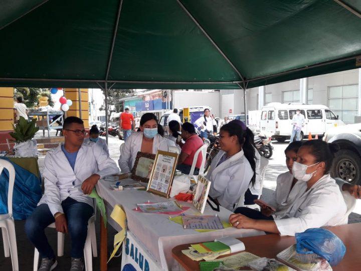 Realizan expo-feria por Día Mundial de Lucha Contra Cáncer de Mama