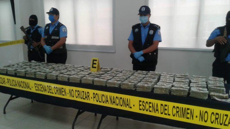 Policía incauta 1 millón 422 mil dólares en carretera El Sauce-Managua Managua. Por Jerson Dumas/Radio La Primerísima