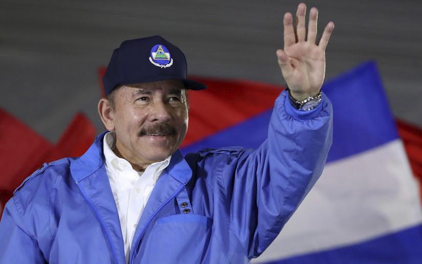 Siete de cada diez ciudadanos aprueban gestión de Daniel Managua. Radio La Primerísima