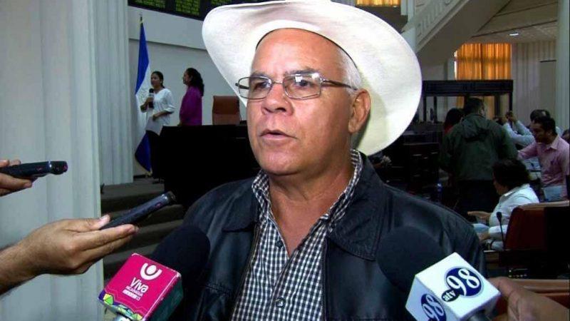 Ganaderos condenan campaña negativa de los vende patria Managua. Por Libeth González/Radio La Primerísima