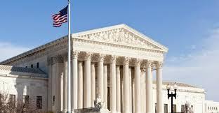 Corte Suprema revisará plan de Trump de excluir inmigrantes Washington. Agencias