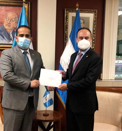 Presenta cartas credenciales el embajador de Nicaragua en Guatemala Managua. Radio La Primerísima