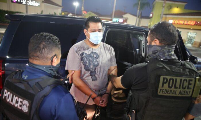 Arrestan más de 170 inmigrantes en operación centrada en ciudades santuario en EEUU Washington. Agencias