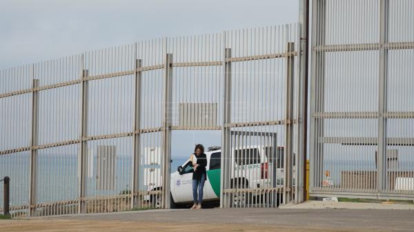 Muro, restricción de asilo y censo a indocumentados, en la agenda del Supremo Washington. Agencias