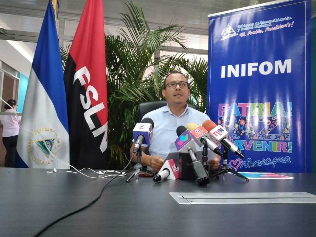Sigue entrega de lotes y viviendas con programa Bismark Martínez Managua. Por Douglas Midence/Radio La Primerísima