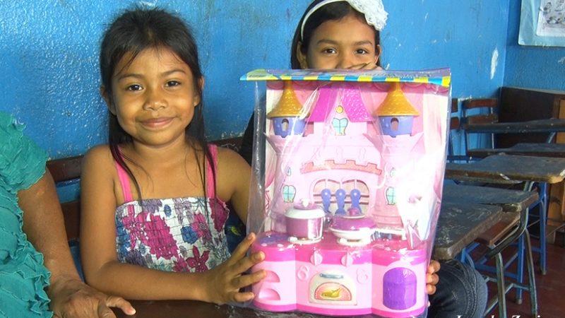 Gobierno Sandinista entregará 1 millón 200 mil juguetes a menores en todo el país Managua. Radio La Primerísima