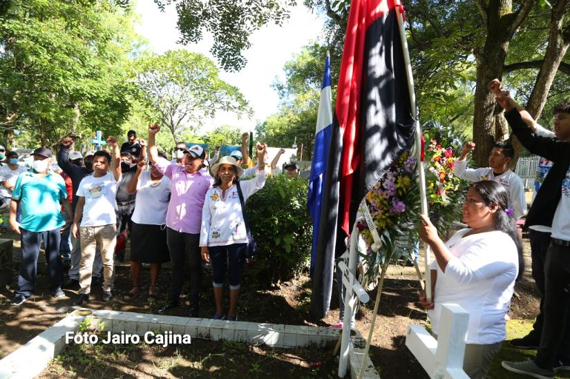 Rinden homenaje a héroes de Octubre Victorioso en Masaya Managua. Radio La Primerísima