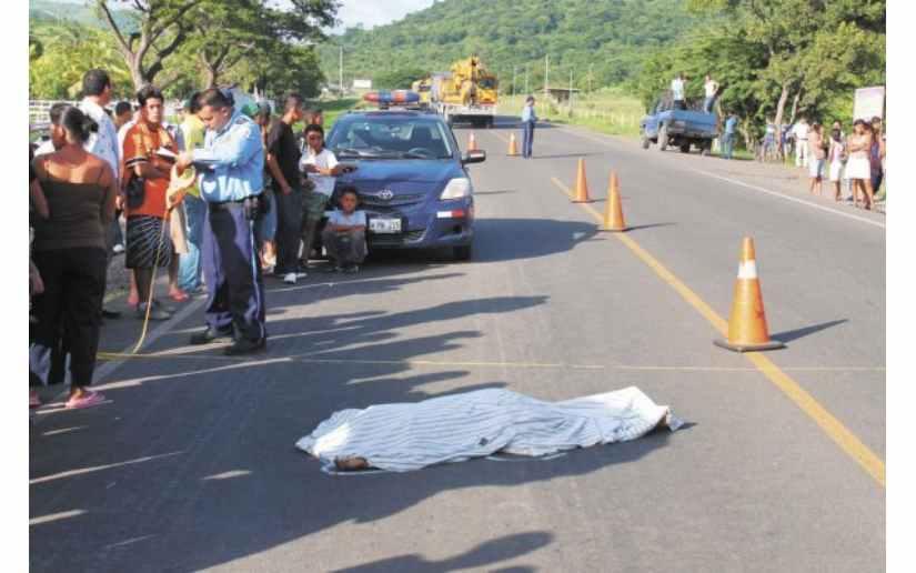Camioneta atropella mortalmente a peatón en Matagalpa Managua. Radio La Primerísima