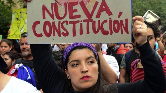 Daniel y Rosario felicitan a chilenos por victoria del SI en referendo Managua. Radio La Primerísima