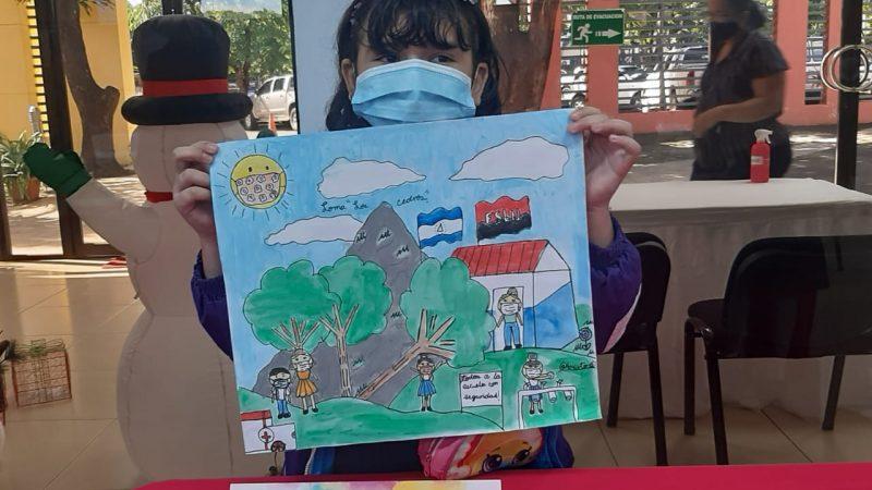 Premian a niños y niñas ganadores del concurso nacional de dibujo Managua. Por Douglas Midence/Radio La Primerísima