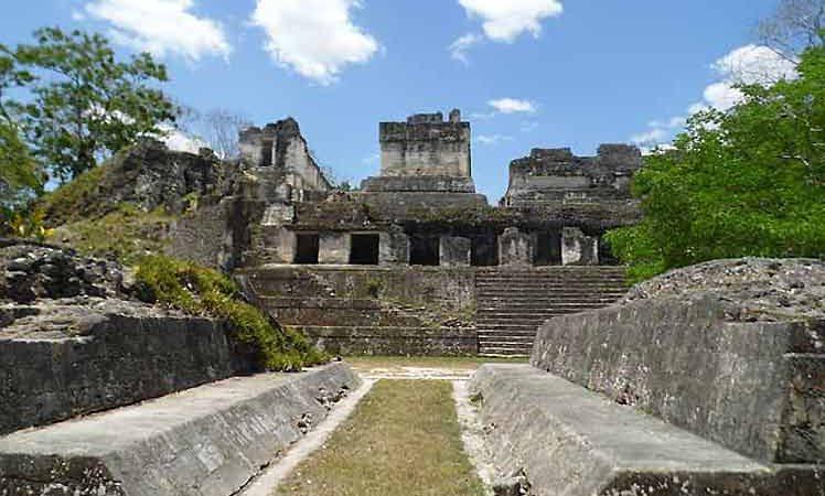 Abre sus puertas el Parque Nacional Tikal en Guatemala