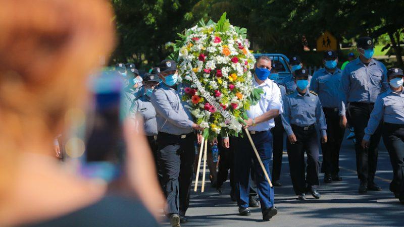 Rinden tributo al Comandante Pedro Aráuz Palacios Managua. Radio La Primerísima
