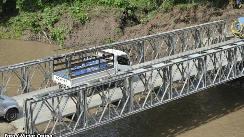 MTI instala segundo carril en puente provisional en Cuisalá Managua. Radio La Primerísima