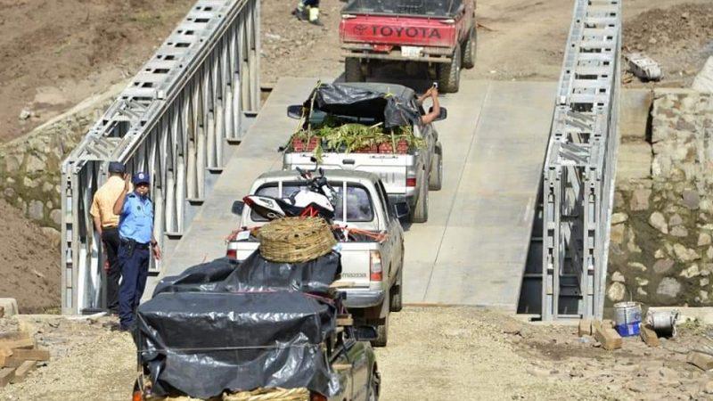 Restablecen paso vehicular por puente en Cuisalá Managua. Radio La Primerísima