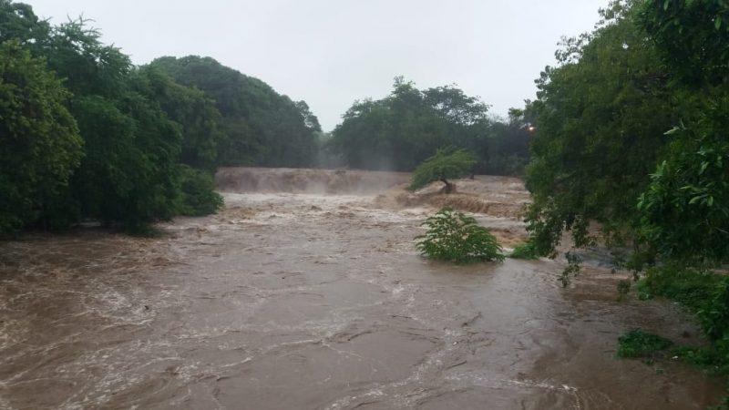Intensas lluvias provocan crecida de ríos en Rivas y Carazo Managua. Radio La Primerísima.