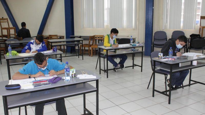 Estudiantes nicas en XXII Olimpiada de Matemática Managua. Radio La Primerísima