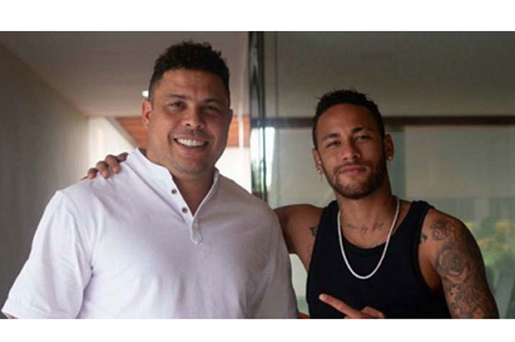 Ronaldo felicita a Neymar por ubicarse segundo goleador de Brasil Brasilia. Prensa Latina