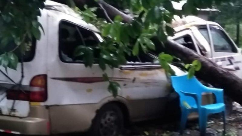 Iota causa daños en Bilwi Managua. Radio La Primerísima