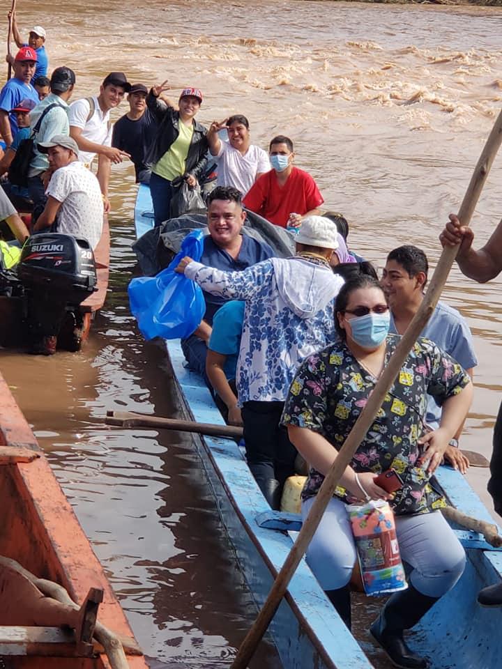 Brigada médica rumbo a Prinzapolka, Rosita y Sahsa Managua. Radio La Primerísima