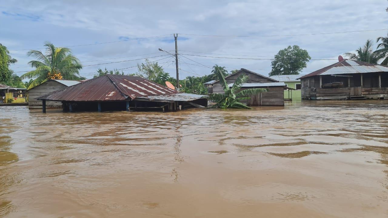Río Prinzapolka se desborda Managua. Radio La Primerísima