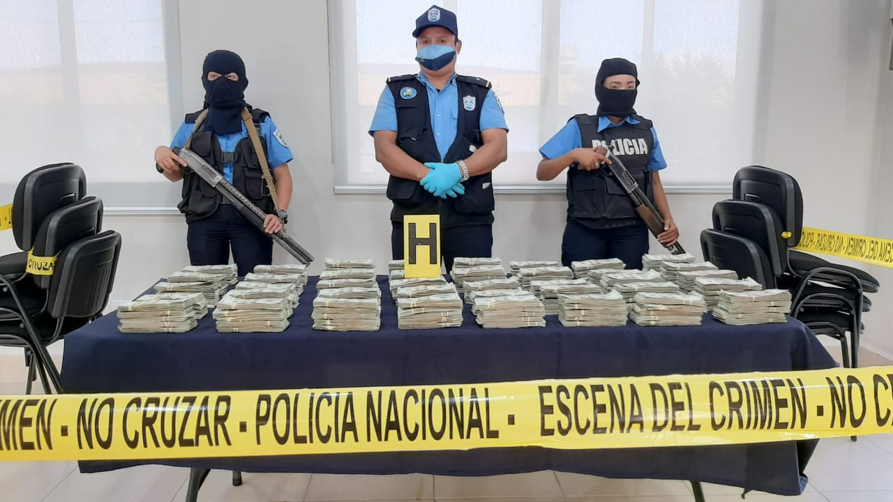 Policía incauta dos toneladas de cocaína y 367 mil dólares Managua. Por Jerson Dumas/Radio La Primerísima