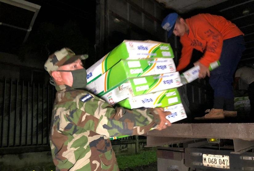Ejército participa en descargue de ayuda en Nueva Segovia Managua. Radio La Primerísima