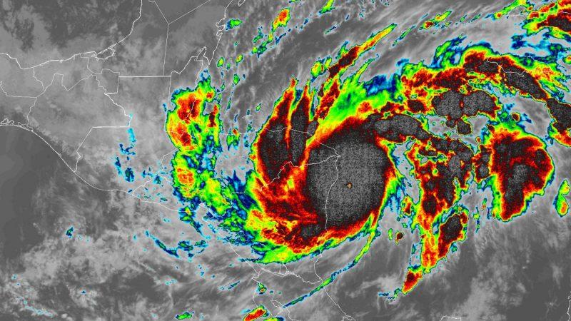 Huracán ETA gira levemente hacia el sur y el centro ya no impactará en Puerto Cabezas Managua. Radio La Primerísima