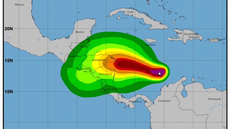 Mucha lluvia y vientos poderosos traerá Iota a gran parte del país Managua. Radio La Primerísima