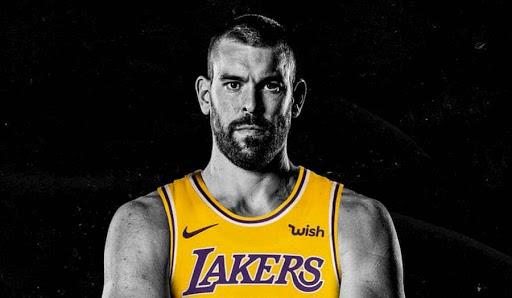 Lakers dan la bienvenida a Marc Agencia