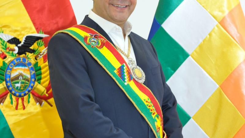 Levanto mis ojos y veo que una Bolivia mejor es posible Por Luis (Lucho) Arce Catacora (*)