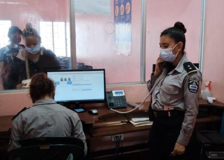 Trabajadores del MIGOB reciben bono complementario