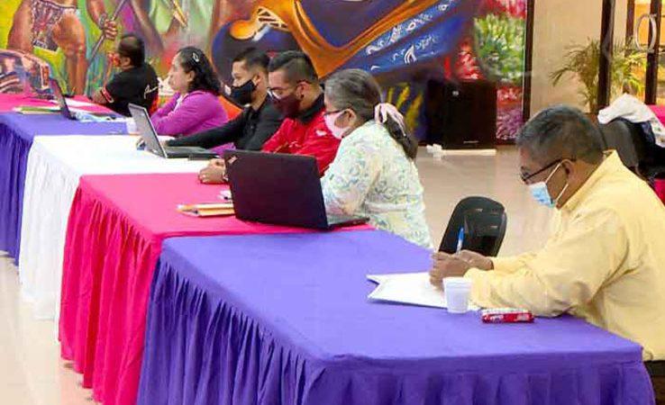 Avanza selección de los mejores docentes de Nicaragua Managua. Radio La Primerísima