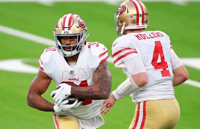 Los 49ers jugarán como local en Arizona por Covid-19 AFP