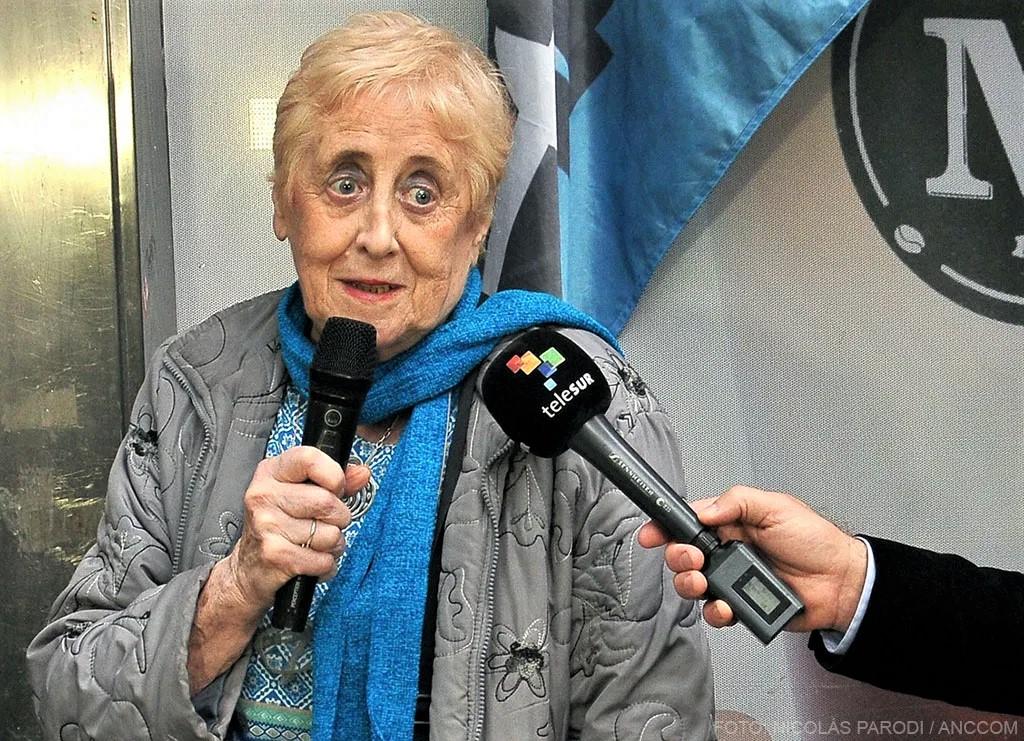 Hay que recuperar los valores y el lenguaje del periodismo Por María Clara Olmos | Agencia de Noticias de Ciencias de la Comunicación (ANCCOM)
