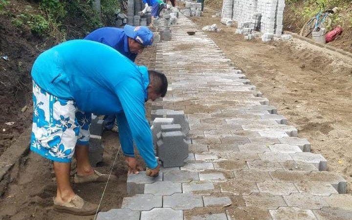 Avanza construcción de adoquinado en una comunidad de Carazo El Rosario. Por Manuel Aguilar/ Radio La Primerísima