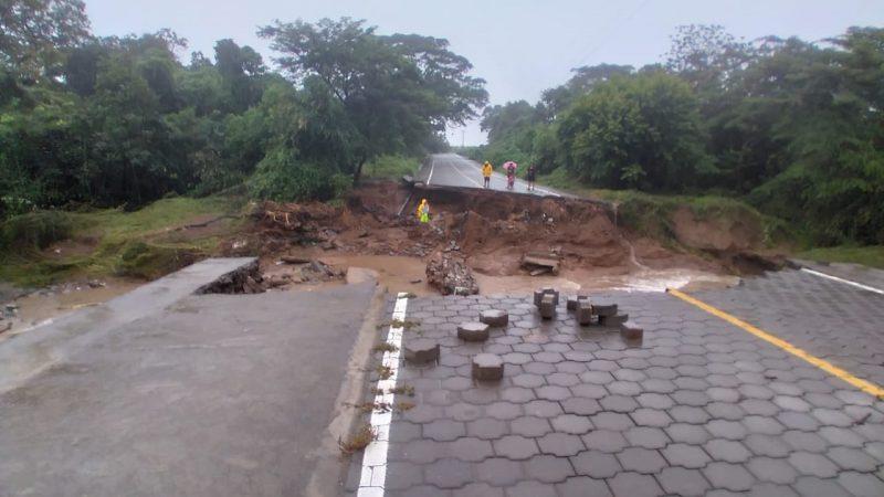 Evalúan daños en carretera en San Rafael del Sur Managua. Radio La Primerísima