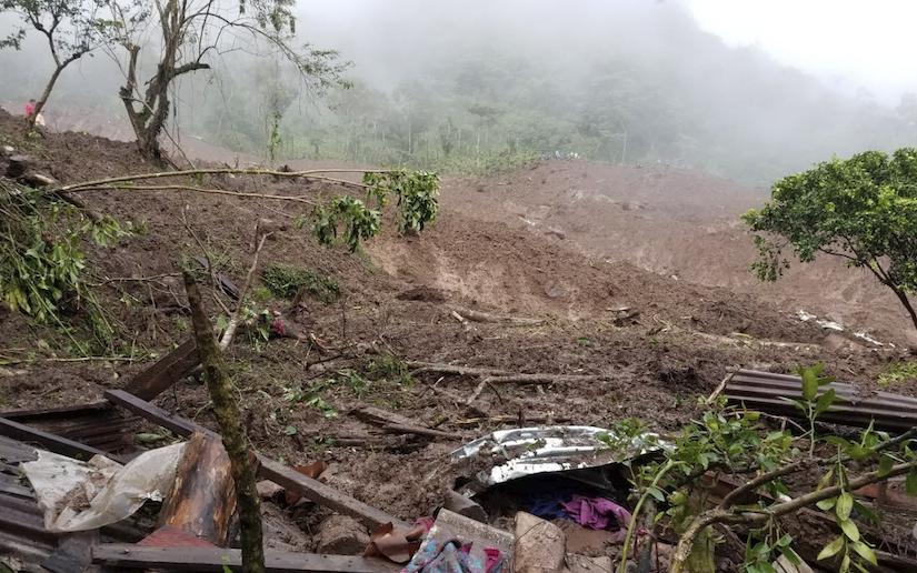 Sepultan a víctimas por deslave en macizo de Peñas Blancas Managua. Radio La Primerísima