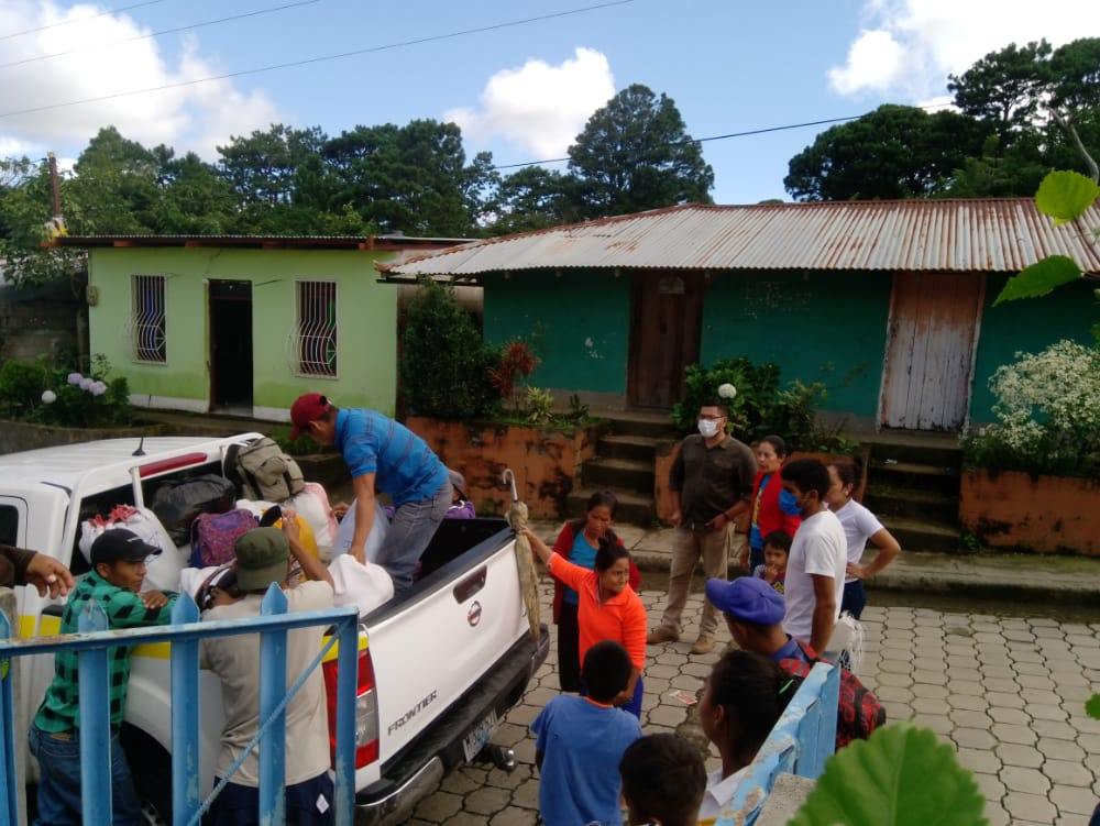 Familias inician retorno a sus hogares tras paso de Iota Managua. Radio La Primerísima
